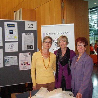 Verein sicheres Leben Fotos der Freiwilligenmesse